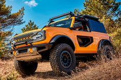 2021 Ford Bronco Frontal Aspect Photo Ford Bronco, New Bronco, Bronco Sports, Bronco Car, 32 Ford, Michigan, Ford Motor Company, Jeep Wrangler Doors, Auto Motor Sport