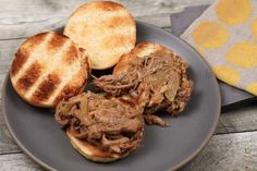 Slow Cooker Pulled Pork Take the stress out of family dinner with this easy prep recipe. Slow Cooker Pork Roast, Crock Pot Slow Cooker, Slow Cooker Recipes, Crockpot Recipes, Cooking Recipes, Pork Brisket, Pork Recipes, Yummy Recipes, Free Recipes