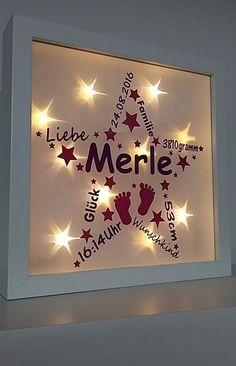Wunderschöner beleuchteter Bilderrahmen mit Wunschname und den Geburtsdaten des Kindes. Beleuchtet oder auch unbeleuchtet ein absoluter Hingucker und eine tolle Erinnerung. Sehr beliebt als...