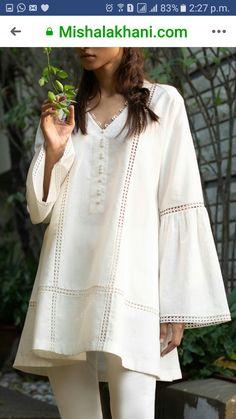 Simple Pakistani Dresses, Pakistani Dress Design, Indian Dresses, Girls Dresses Sewing, Stylish Dresses For Girls, Designer Party Wear Dresses, Kurti Designs Party Wear, Sleeves Designs For Dresses, Dress Neck Designs