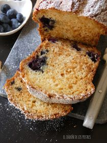Plum Cake, French Toast, Breakfast, Food, Pistachio Cookies, Cream Cheeses, Dessert Recipes, Meals, Puff Pastries