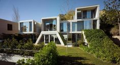 Garden House en Vistahermosa (Alicante) realizado por Joaquín Alvado Bañón.