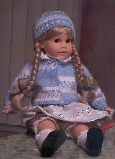 Free Hand Knit Sweater and Hat pattern for 18 inch doll