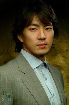 Song Il-gook (송일국) - Picture Korean Drama Movies, Korean Actors, Korean Dramas, Jung Seung Yeon, Song Il Gook, Culture Clothing, Asian Celebrities, Korean Star, Actors & Actresses
