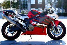 2002 Honda RC51.