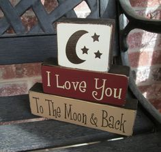 Childrens decorative wood blocks- I love you to the moon and back 2x4 Crafts, Wood Block Crafts, Primitive Crafts, Vinyl Crafts, Wooden Crafts, Wood Blocks, Crafts To Do, Wood Projects, Craft Projects