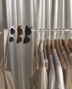 Image uploaded by thevanishingocean. Find images and videos about fashion, style and aesthetic on We Heart It - the app to get lost in what you love. Cream Aesthetic, Brown Aesthetic, Aesthetic Coffee, Noora Skam, Looks Style, Look Fashion, White Fashion, Fashion Clothes, Fashion Ideas
