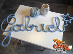 Des prénoms, formes et mots en tricotin : une idée originale pour décorer la chambre de vos enfants ou pour faire des jolis cadeaux de naissance !