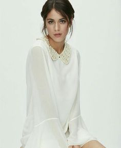 TINI By Martina Stoessel ❤ Celebrity Singers, Fashion Tv, Beauty Queens, Tv Shows, Bell Sleeve Top, Ruffle Blouse, Celebs, Street Style, Stars
