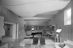 #alvaraalto  Villa Kokkonen - Alvar Aalto Foundation | Alvar Aalto -säätiö  Photo: Kari Hakli / Alvar Aalto Museum Alvar Aalto, Villa, Modern Architecture, Living Room, Bedroom, Table, House, Furniture, Interiors