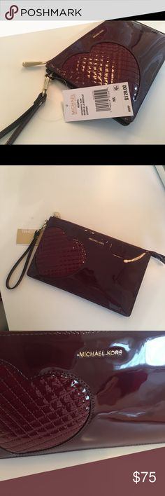 ✨PRICE FIRM⚡️ Michael Kors patent Heart wristlet Michael Kors Daniela large heart patent leather Plum Burgundy wristlet. NWT 100% authentic. Can be used as a clutch and wallet. Several compartments inside, Gold hardware. Michael Kors Bags Clutches & Wristlets