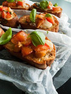 Punched Potatoes: Bruschetta