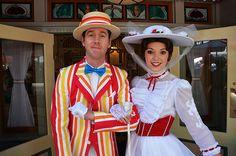 Mary Poppins and Bert - I like Bert's little smile(; #MaryPoppins
