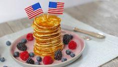 Fluffige Joghurt-Apfel Pancakes - Tasty Matter English Muffin Breakfast, Breakfast Pizza, Breakfast Muffins, Mini Pancakes, Waffles, Mini Crepe, Mini Mini, Buttermilk Cake Recipe, American Pancakes