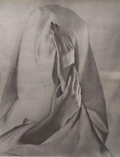Erwin Blumenfeld (1897-1969), 1937, Hands, Paris, Silver Gelatin Print, Courtesy Osborne Samuel