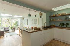 Double storey extension for artist in Bishopston, Bristol : Modern kitchen by DHV Architects