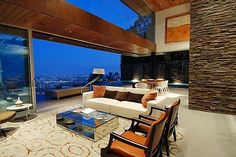 luxurious property with stunning views in la 1 $4,95 million 8400 Grand View Drive Residence in LA