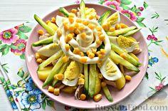Фото приготовления рецепта: Салат из яиц, с курицей и картофелем - шаг №7