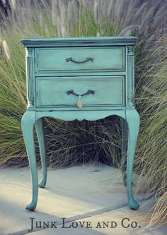 RESERVED Vintage Blue Side Table Night Stand French Provincial Annie Sloan Provence - Need these in distresses white! Refurbished Furniture, Repurposed Furniture, Furniture Makeover, Vintage Furniture, Bedroom Furniture, Diy Furniture, Furniture Design, Vintage Nightstand, Garden Furniture