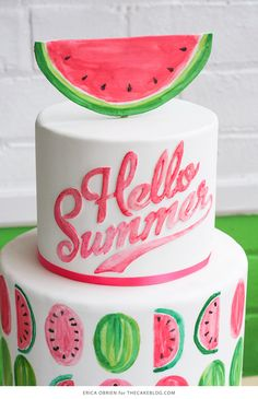 Watermelon cake for a summer pool party Raspberry Smoothie, Apple Smoothies, Luau, Cupcake Cakes, Cupcakes, Watermelon Cake, Watermelon Birthday, Summer Cakes, Cake Blog