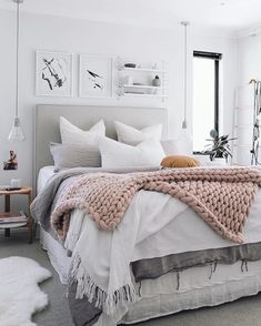 35 Beautiful Bed Linen Decorating Ideas #BedLinenInspiration #RomanticBedLinen #BedLinenBeautiful
