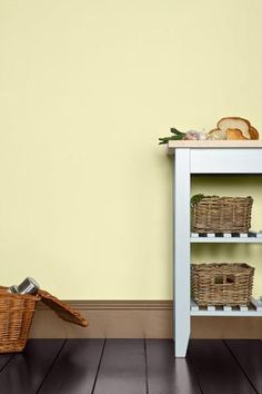 Find Farrow & Ball Estate Pale Hound - Matt Emulsion Paint - at Homebase. Visit your local store for the widest range of paint & decorating products. Yellow Hallway Paint, Yellow Paint Colors, Bedroom Paint Colors, Yellow Walls, Yellow Painting, Wall Colors, Hallway Colours, Farrow Ball, Farrow And Ball Paint