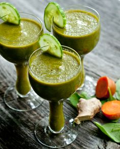 Green Drink:  2 c spinach, 1.5 c grapes, 2 carrots, 1/2 cucumber, 1/2 inch piece ginger, 1 stalk celery, 2 dates, handful ice, 1/2 to 1 c water, blend, add more water to desired thickness, drink, enjoy, be healthy!