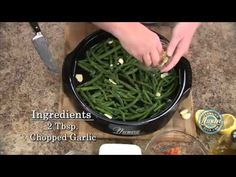 Learn how to prepare green beans in garlic by using Nuwave Oven.