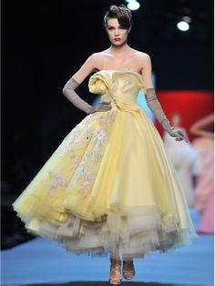 Haute Couture | Haute Couture,so different even the color