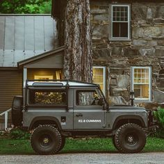 We think Defender 90 swap is a thing of beauty. Are you looking to swap out your current… Defender Camper, Defender 90, Land Rover Defender, Land Rover Auto, Land Rovers, My Dream Car, Dream Cars, Series 2 Land Rover, Range Rover Off Road