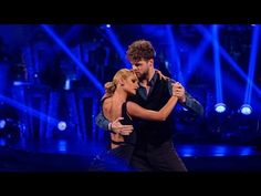 Jay McGuiness & Aliona Vilani Argentine Tango to 'Diferente' - Strictly Come Dancing: 2015 - YouTube