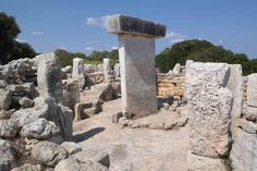 standing_stone_taula-den-torralba Menorca, Santa Monica, Den, Mount Rushmore, Mountains, Stone, Nature, Travel, Rock