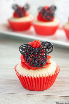 Easy Mickey Mouse cupcakes are a great dessert idea for a Disney themed birthday party! This cupcake recipe is topped with buttercream frosting and chocolate candy-melt ears as a treat.