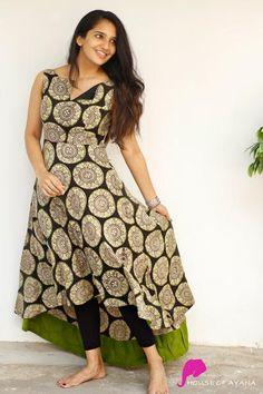 Churidar Designs, Kurti Neck Designs, Kurta Designs Women, Kurti Designs Party Wear, Simple Kurta Designs, Stylish Dress Designs, Stylish Dresses, Indian Gowns Dresses, Indian Fashion Dresses