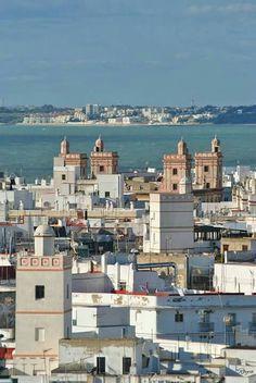 Cádiz. Cities, Cadiz, Granada, Paris Skyline, Spain, Sierra, World, Building, Travel