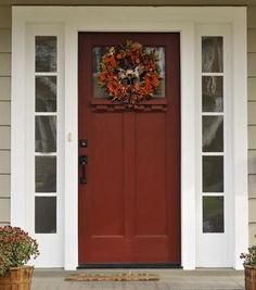 101 Ideas for Red Front Door. Many people choose red front door paint for their house. Front Door Paint Colors, Painted Front Doors, Front Door Decor, Exterior House Colors, Exterior Doors, Entry Doors, Front Entry, Front Porch, Orange Front Doors