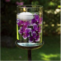 Flores e vela na água!