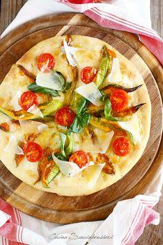 Cucina Scacciapensieri: Pizza a lievitazione naturale con fiori di zucca e Parmigiano Reggiano per #PRChef2015