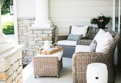 Most Simple Tricks Can Change Your Life: Wicker Furniture Couch wicker dresser vintage. Screened In Porch Furniture, Outdoor Wicker Furniture, Wicker Sofa, Couch Furniture, Rustic Furniture, Luxury Furniture, Furniture Makeover, Living Room Furniture, Furniture Design