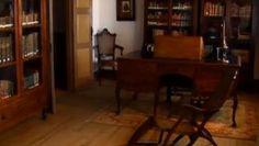 Camilo chegou a esta casa por amor. Aqui escreveu, viveu com a família e aqui pôs fim à vida. No lugar de S. Miguel de Seide, em Famalicão, museu e centro de estudos camilianos mantêm viva a memória do escritor do século XIX,