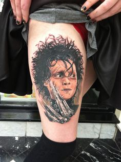 """""""You see, before he came down here, it never snowed. And afterwards, it did. If he weren't up there now... I don't think it would be snowing. Sometimes you can still catch me dancing in it."""" A beautiful piece of realism from our resident artist @kristattooo #hyperrealism #realismtattoo #edwardscissorhands #johnnydepp #timburton"""