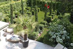 Simple Design Garden in the Heart of Paris