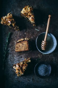 our food stories // glutenfree coconut poppy seed cake