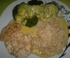 All in one Reis, Broccoli, Hähnchen-Ministeaks mit Currysauce