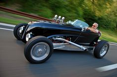 It's a Zipper Lakes Modified Roadster powered by a vintage ALFA V6. See Sept. 2014 Hot Rod Magazine for more details.