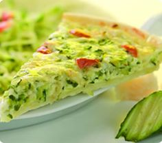 green veggie quiche  #green #veggie #quiche Veggie Quiche, Veggie Food, Veggie Recipes, Quiche Ideas, Kitchen Recipes, Cooking Recipes, Food And Drink, Veggies, Eat