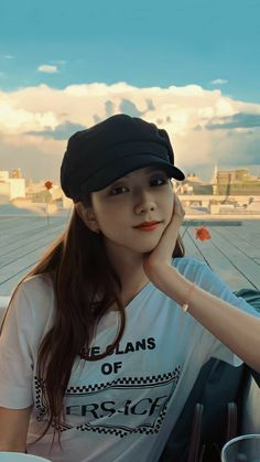 Blackpink Jisoo, Kpop Girl Groups, Kpop Girls, Black Pink Kpop, Blackpink Members, Blackpink Photos, Blackpink Fashion, Jennie Blackpink, K Pop