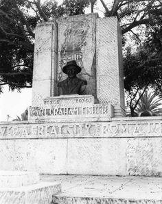 Carl Graham Fisher memorial in Miami Beach, Florida (19--?)