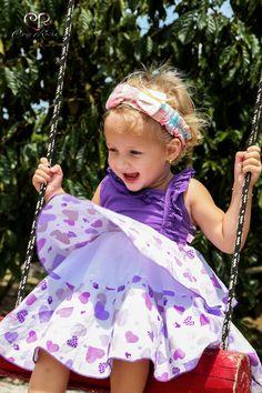 A alegria de uma criança é a prova que o mundo ainda tem esperança!