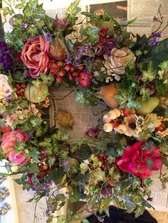 Forårskrans i gang - Lilly is Love Owl Wreaths, Wreath Crafts, Wreaths For Front Door, Diy Wreath, Holiday Wreaths, Wreath Making, Grapevine Wreath, Summer Wreath, Spring Wreaths